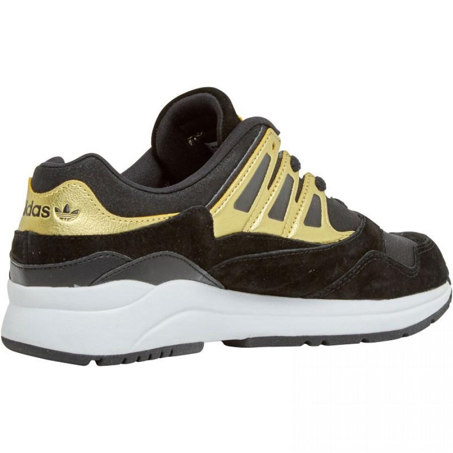 Златисти дамски маратонки adidas