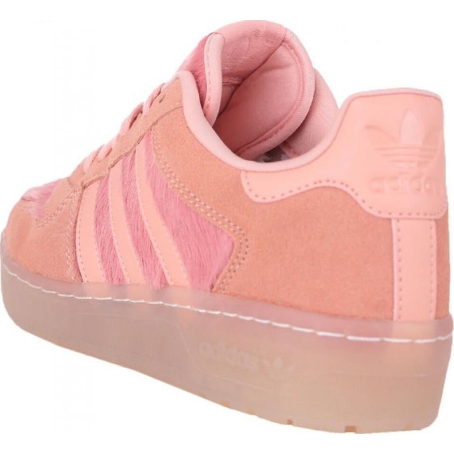 Кожени дамски спортни адидас обувки