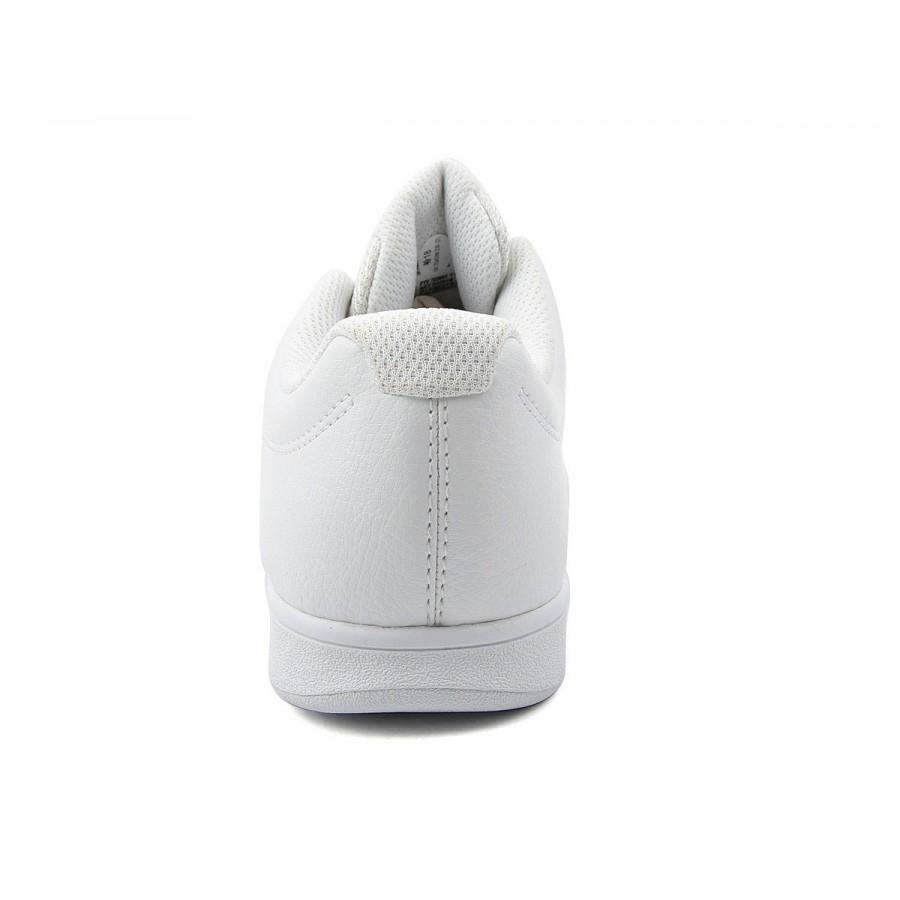 Дамски бели спортни обувки