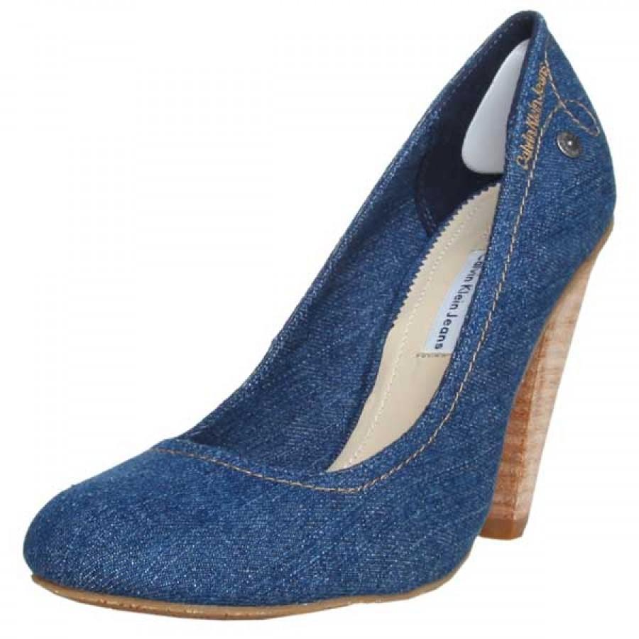 обувки Calvin Klein Ivonne маркови на висок ток