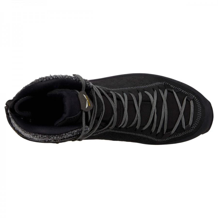 Зимни спортни обувки